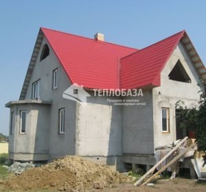 Коттедж с красной крышей гусево