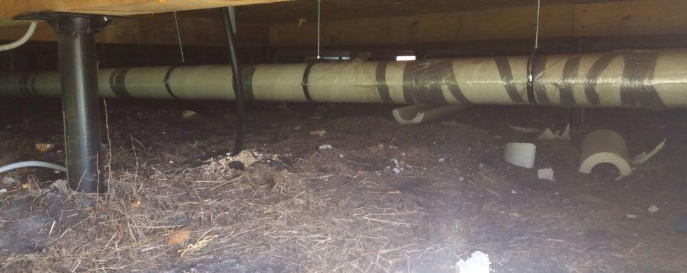 труба канализация под домом 1